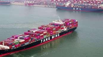 Mehr als jedes dritte EU-Unternehmen, das in China tätig ist, wird durch den Handelsstreit negativ beeinflusst.