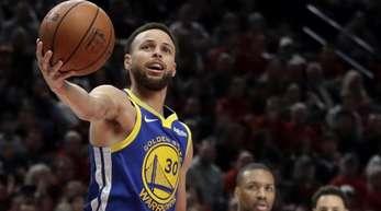 Superstar Stephen Curry von den Golden State Warriors war erneut der überragende Spieler auf dem Parkett.
