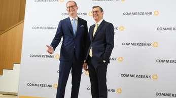 Martin Zielke (l) und Stefan Schmittmann, der neue Aufsichtsratsvorsitzende.