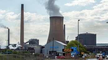 Das Stahlwerk von British Steel in Scunthorpe in der englischen Grafschaft Lincolnshire.