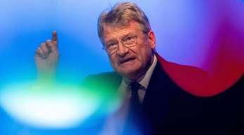Jörg Meuthen (AfD), Spitzenkandidat für die Europawahl, spricht beim Auftakt zum Europawahlkampf der AfD.