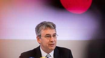 «Es gibt Hinweise, dass Nutzerbewertungen nicht selten gefälscht oder manipuliert sind», sagt Kartellamtspräsident Andreas Mundt.
