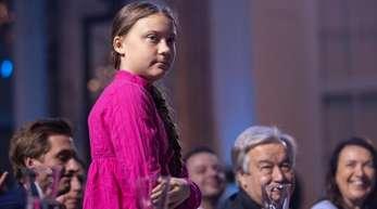 Die schwedische Klima-Aktivistin Greta Thunberg während der Eröffnung des dritten Klimagipfels der von Arnold Schwarzenegger gegründeten NGO «R20».