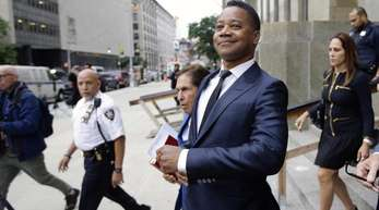 Cuba Gooding Jr. verlässt das Strafgericht, nachdem er sich den New Yorker Behörden gestellt hatte.