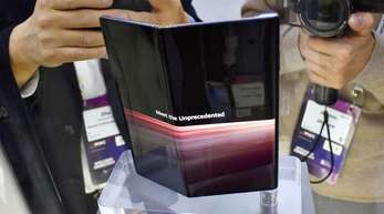 Kommt noch mit Android, aber einige Monate später als geplant: das neue Huawei Mate X mit faltbarem Display.