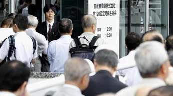 Aktionärsversammlung der Nissan Motor Co.: Der japanische Renault-Partner will die Konzernführung reformieren.