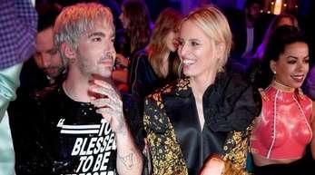 Bill Kaulitz (l.) und Karolina Kurkova auf der Berlin Fashion Week.