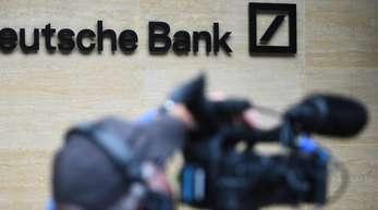 Die Deutsche Bank hat den Abbau von weltweit rund 18.000 Vollzeitstellen angekündigt.