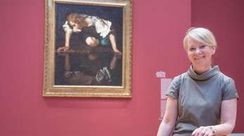 Museums-Direktorin Ortrud Westheider vor dem Caravaggio-Gemälde «Narziss».