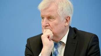 Auch Bundesinnenminister Horst Seehofer (CSU) reist nach Helsinki, um über die europäische Migrationspolitik zu beraten.