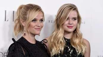 Ava Phillippe hat von ihrer Mutter Reese Witherspoon auch harte Arbeit gelernt.