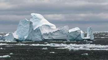 Wärmere Meeresströmungen lassen den Westantarktischen Eisschild in zunehmendem Tempo abschmelzen.