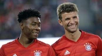 Von Los Angeles geht es für die Bayern-Spieler zum nächsten Testspiel in Houston - gegen Real Madrid.