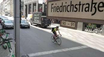 Zu den betroffenen Straßen zählen vor allem Abschnitte in der Innenstadt, darunter auch die Friedrichstraße.