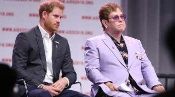 Elton John und PrinzHarry sind eng befreundet.