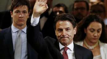 Giuseppe Conte nach der Ankündigung seines Rücktritts als Regierungschef.