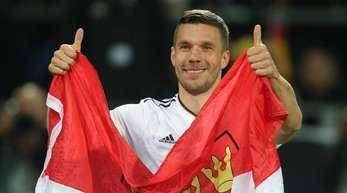 Würde sich bei Olympia 2020 gerne noch einmal das DFB-Trikot überstreifen: Lukas Podolski