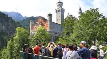 Allein ist man im Märchenschloss Ludwig II. so gut wie nie.