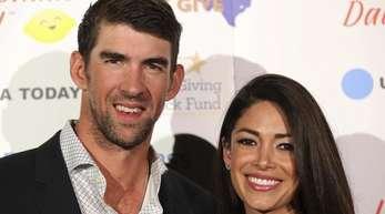 Der frühere US-Schwimmer Michael Phelps und seine Frau Nicole Johnson sind Eltern von drei Söhnen.