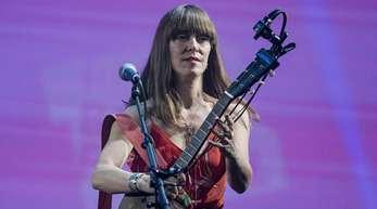 Die kanadische Sängerin Feist beim Auftakt des Reeperbahn Festivals.
