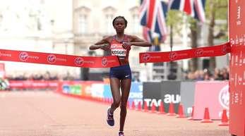 Lief beim Chicago-Marathon Weltrekord: London-Siegerin Brigid Kosgei aus Kenia.