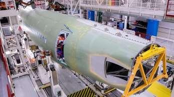 Montage des Airbus A320 in Hamburg: Die US-Sonderzölle könnten Produkte und Komponenten für die Luftfahrtindustrie treffen.