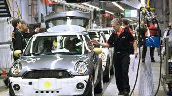 Produktion von Mini-Fahrzeugen im Werk Oxford:Die britische Autoindustrie muss denBrexit besonders fürchten.