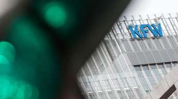 Die KfW zählte Unternehmen, die nicht mehr als 500 Millionen Euro jährlich umsetzen, zum Mittelstand.