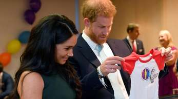 Prinz Harry und seine Frau Meghan bei den «WellChild Awards» im Royal Lancaster Hotel in London.