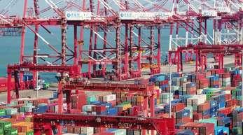 Chinas Wirtschaft wächst nur noch langsamer. Dazu legt das Statistikamt neue Zahlen vor.