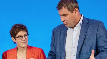 Die CDU-Vorsitzende Annegret Kramp-Karrenbauer und CSU-Chef Markus Söder bei einer gemeinsamen Klausur der Schwesterparteien.