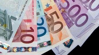 Das durchschnittliche verfügbare Einkommen ist in Europa um 3,5 Prozent gestiegen. Deutschland bleibt unverändert auf dem achten Platz.