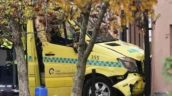 Bei dem Unfall sind mehrere Menschen verletzt worden.