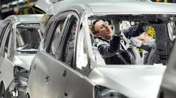 Produktion des Opel Zafira im mittlerweile geschlossenen Bochumer Opel-Werk.