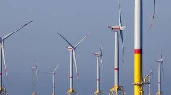Ein Offshore-Windpark in der Ostsee vor Rügen.