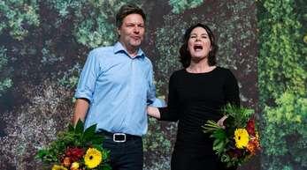 Mit starken Ergebnissen als Bundesvorsitzende wiedergewählt: Robert Habeck und Annalena Baerbock.