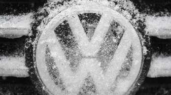 Ausgehend vom geringeren Umsatzwachstum wird im kommenden Jahr aber nun auch weniger Gewinn bei Volkswagen übrigbleiben.