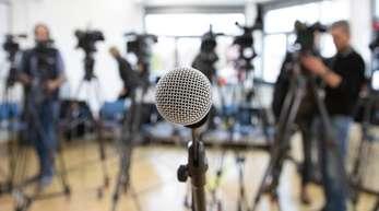 Laut einer aktuellen Studie glauben 38 Prozent der Bürger, dass Staat und Regierung die Medien beeinflussen.