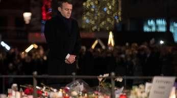 Frankreichs Präsident Macron gedenkt der Opfer des islamistisch motivierten Anschlags in Straßburg im Dezember 2018.