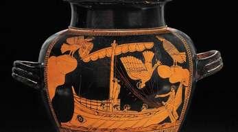 """Keramikvase """"Odysseus und die Sirenen"""" (ca 480 vor Christi) in der Ausstellung «Troja: Mythos und Realität» im British Museum."""