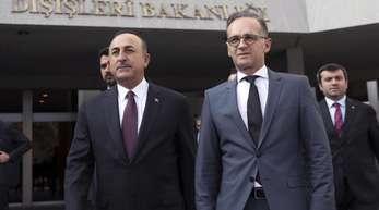 Heiko Maas und Mevlüt Cavusoglu Ende Oktober in Ankara. Die beiden Außenminister treffen sich nun beim G20-Außenministertreffen in Nagoya.