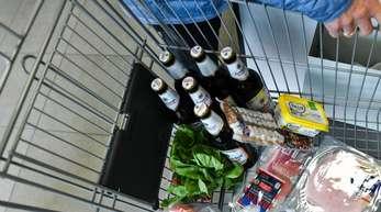 Verbraucher mussten im November dieses Jahres mehr Geld ausgeben für Nahrungsmittel, die unter dem Strich 1,8 Prozent mehr kosteten als im November 2018.
