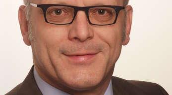 Prof. Dr. Ulrich Eith ist Politikwissenschaftler an der Universität Freiburg und Geschäftsführer der »Arbeitsgruppe Wahlen Freiburg«.
