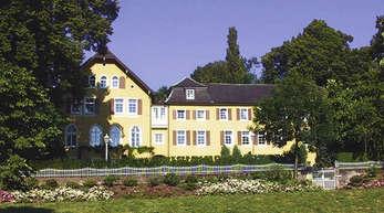 Foto: Doris Hirsch - In den ehemaligen Wohnsitz der Hecks, das Schloss Aubach, wird eine Familie aus der Gegend einziehen.