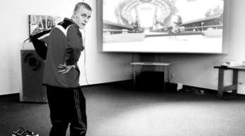 Foto: Ulrich Marx - Skispringer Nico Maier hatte Startprobleme an der Spielekonsole.