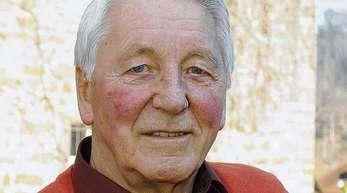 Hildegard Braun - Hat seinen 80. Geburtstag: Johannes Haller.