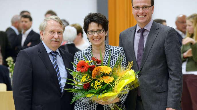 Die Zukunft der CDU im Wahlkreis 50 Lahr/Kinzigtal ist weiblich: Marion Gentges (Mitte) setzte sich mit klarem Abstand in der Nominierungsveranstaltung am Freitag im zweiten Wahlgang gegen ihre drei Mitbewerber durch. Es gratulierten der Landtagsabgeordnete Helmut Rau (links) und der CDU-Kreisvorsitzende Volker Schebesta.