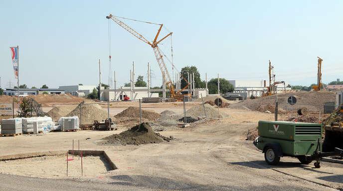 Offenburg Offenburg Baubeginn Möbel Braun Startet 50 Millionen