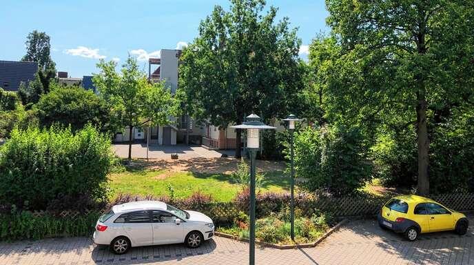 Die »Bürgerinitiative zum Schutz der Oase beim Kinder- und Familienzentrum« wendet sich gegen die vorgesehene Versiegelung des Kifaz-Gartens (Foto).