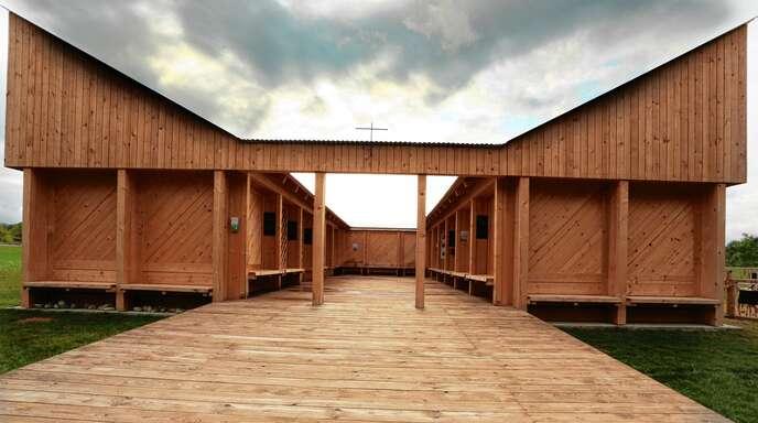 Die Hirtenhütte auf der Landesgartenschau ist Anlaufstelle für viele. Dreimal täglich finden hier Andachten statt.